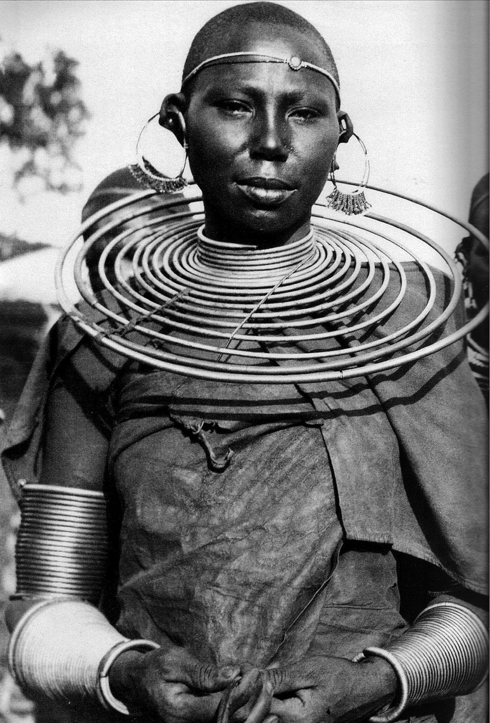 MaasaiWoman1960